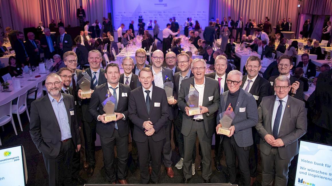 Die Jurymitglieder, Laudatoren und Preisträger auf einen Blick