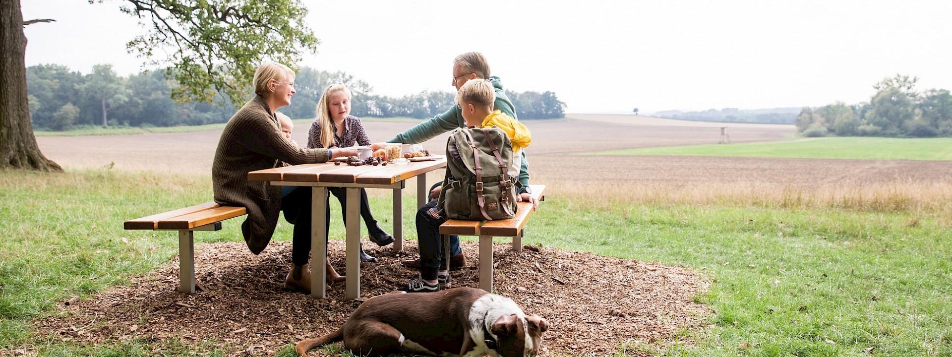 Rast an der alten Eiche Picknickplatz Ichterloh