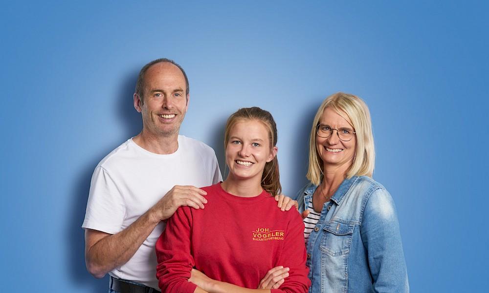 Auszubildende Lara und ihre Eltern