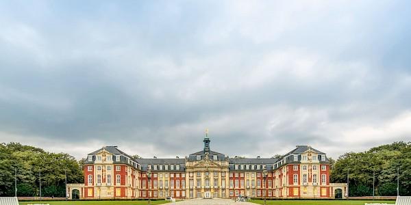 Schloss Münster an der 100 Schlösser Route