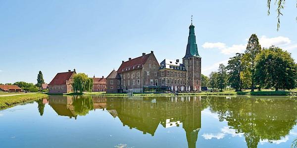 Das Schloss Raesfeld an der 100 Schlösser Route