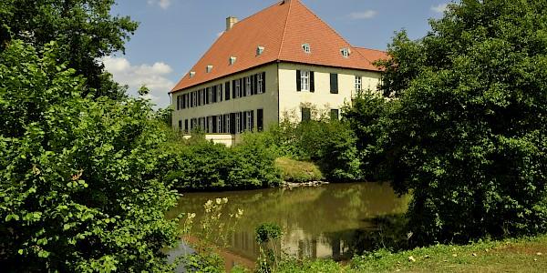 Schloss Vornholz an der 100 Schlösser Route