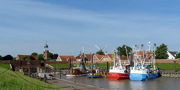 Der Hafen von Ditzum am EmsRadweg