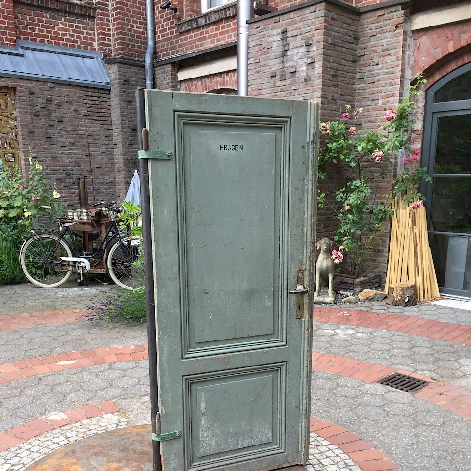 Tür - an der Kunstkirche Wettringen