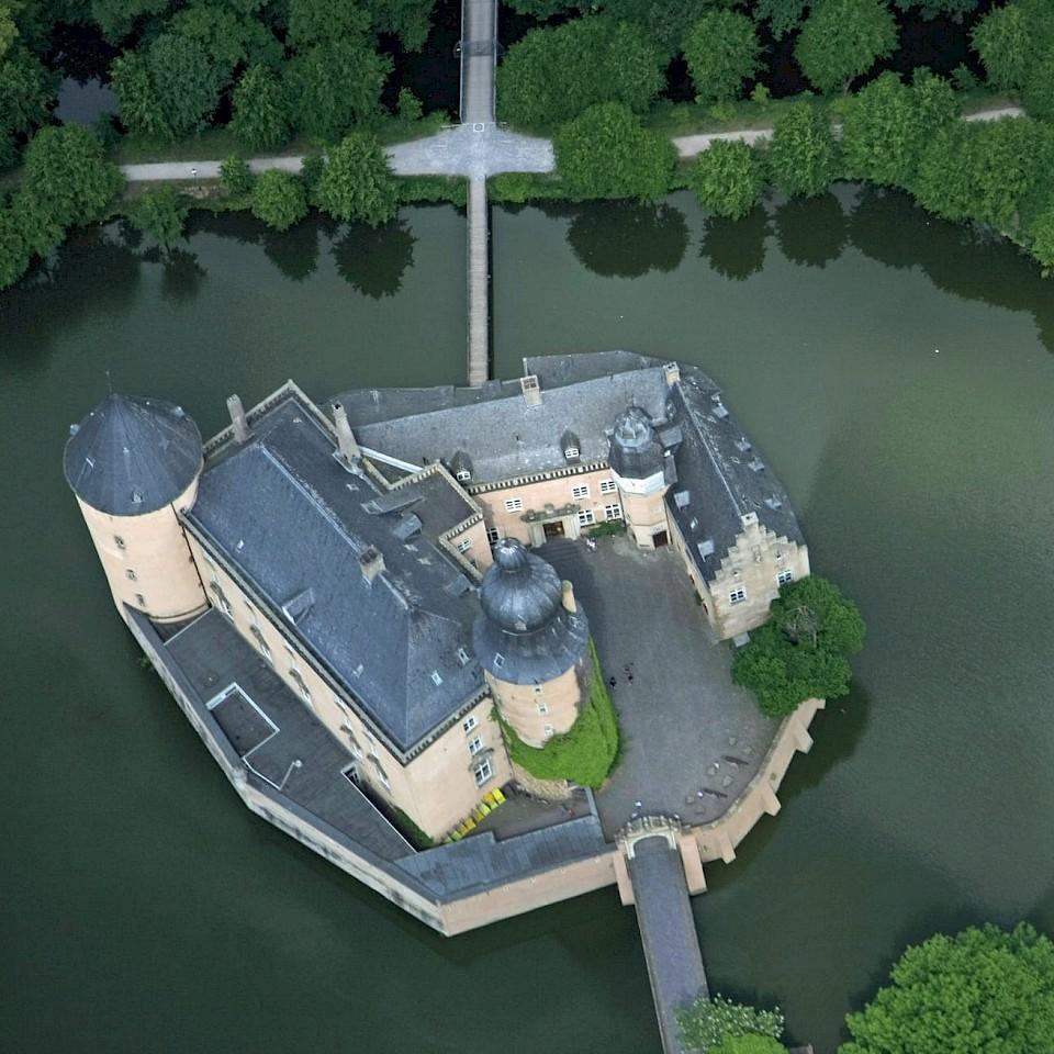 Burg Gemen an der 100 Schlösser Route