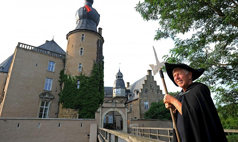 Rundgang mit dem Burgkastellan an der Burg Gemen