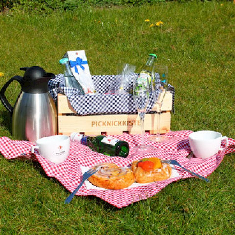 Picknick vom kleinen Café