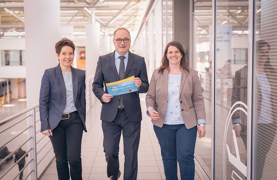 Wollen Bewerbern die schönen Seiten der Region vermitteln (v.l.): Monika Leiking, Klaus Ehling und Judith Schäpers vom Münsterland e.V.