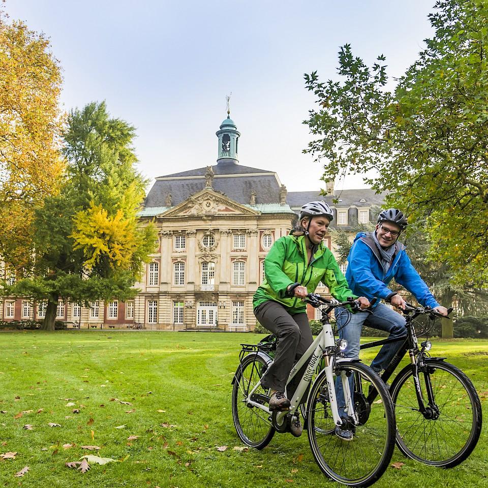 Radfahren am Schloss Münster