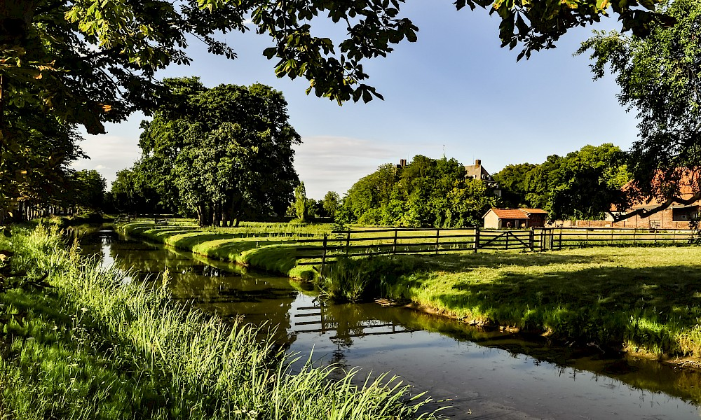 Landschaft um Schloss Hovestadt